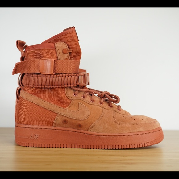 Nike SF Af1 Air Force 1 Special Field Dusty Peach Size Men's